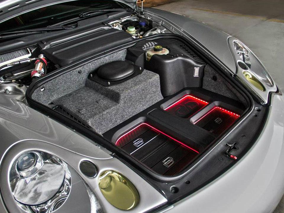 Car audio installation in Bedfordshire, Hertfordshire, Buckinghamshire